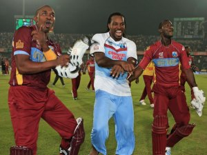 Gayle, Sammy and Bravo Dancing After the Win