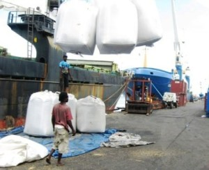 Rice-being-loaded-for-export-to-Venezuela