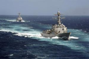 USS Kidd and USS Pinckney transit the Pacific