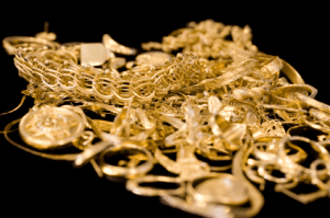 C-Users-luism-Desktop-gold-jewelry-resized-600