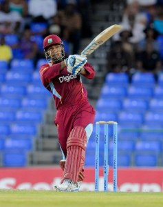 Denesh Ramdin makes hay while the sun shines during his innings