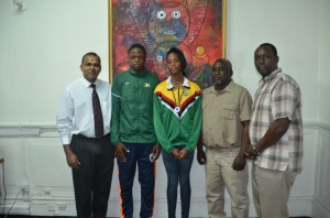 Dr Frank Anthony, Jason Yaw, Natricia Hooper, Julian Edmonds and Vice-President of the Athletics Association of Guyana (AAG) Gavin Hope.