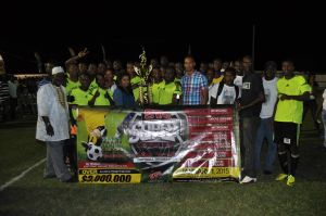 Grove Hi-Tech poses with their championship trophy which was handed over by Darshanie Yussuf of Ansa McAL.