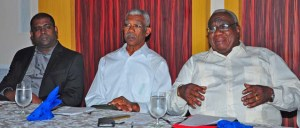 President David Granger flanked by PSC Chairman Ramesh Persaud and GCBC Chairman Clinton Williams