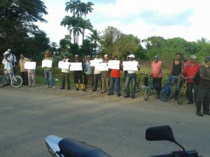 Sugar Workers Protesting