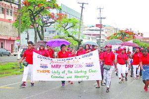 GTU members along the parade route