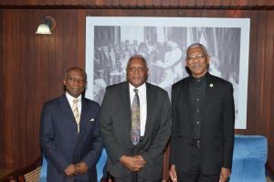 Minister of Foreign Affairs, Mr. Carl Greenidge, Ambassador Harvey Narendorff, Advisor on the Council of Ministers of Suriname and President David Granger at the Ministry of the Presidency