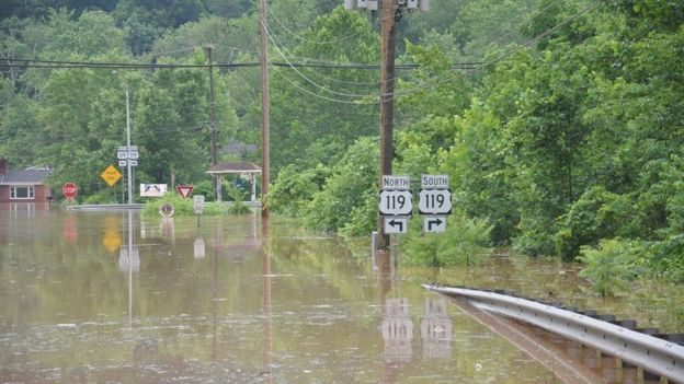 Governor Tomblin said the rescue effort was challenging (Photo: West Virginia Department of Transportation/Reuters)