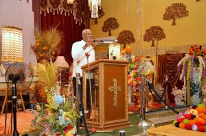 President David Granger addressing the congregation at the Solomon's Temple on the occasion of the organisation's 5th anniversary