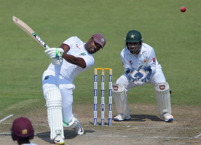 Darren Bravo was critical of the WICB chairman Dave Cameron on Twitter (PHOTO: AFP)