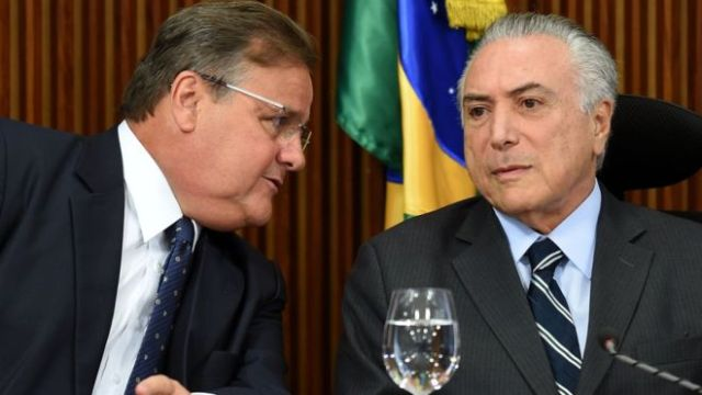 Mr Lima (L) was one of the main figures in Mr Temer's (R) cabinet (Reuters Photo)