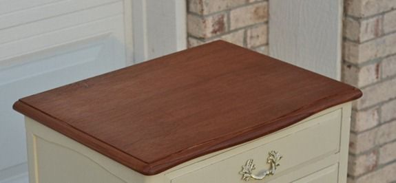 french-provential-nightstand-40_thumb