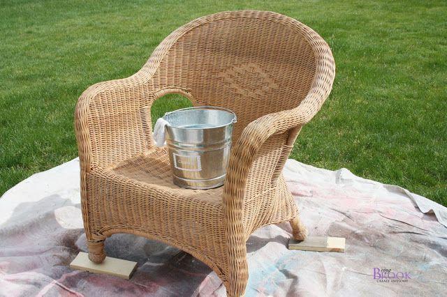 Peachy Spray Painted Wicker Chair Infarrantly Creative Beutiful Home Inspiration Aditmahrainfo