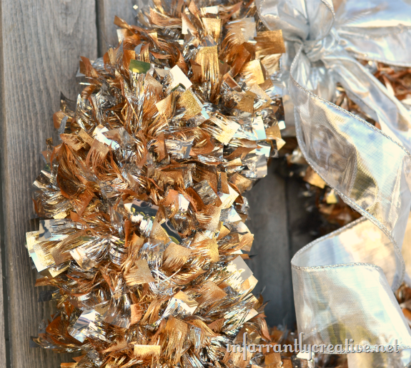 metallic_Christmas_wreath