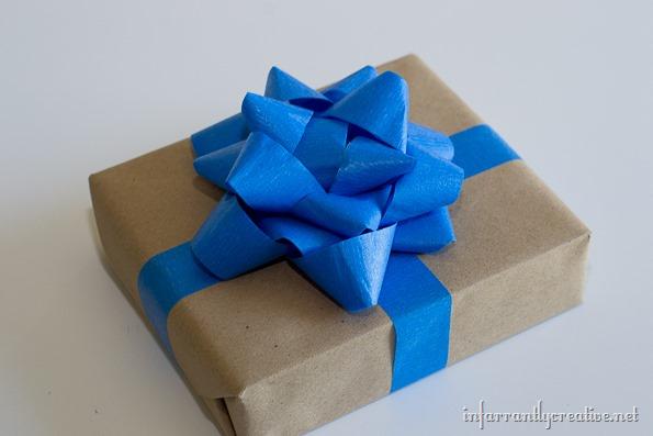 scotch-blue-tape-bow