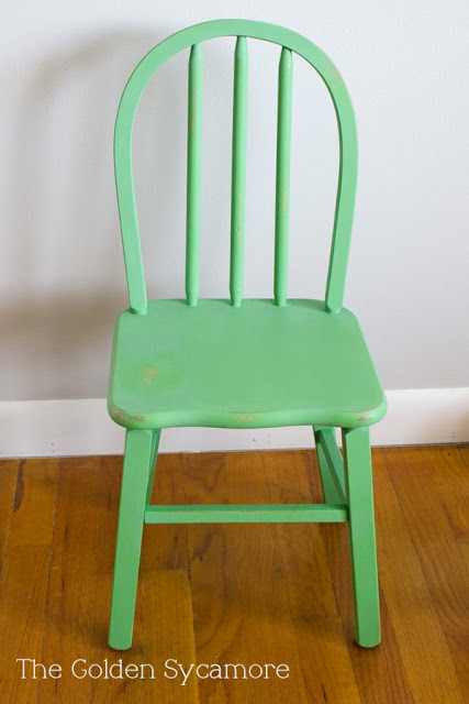 The Golden Sycamore green chair 2