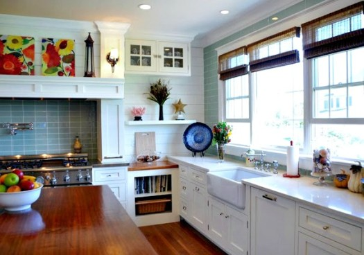 Trend House of Turquoise white kitchen