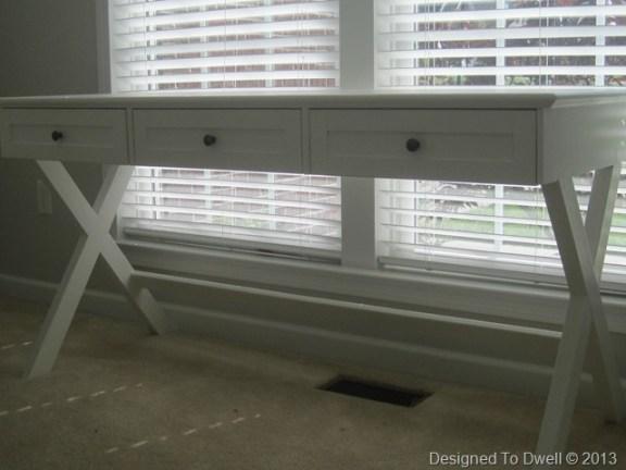 x-leg-white-desk