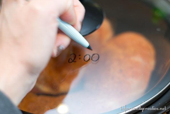 write on crockpot lid the time