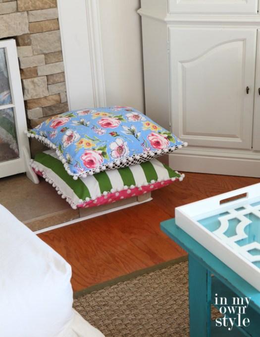 stackable-floor-pillows