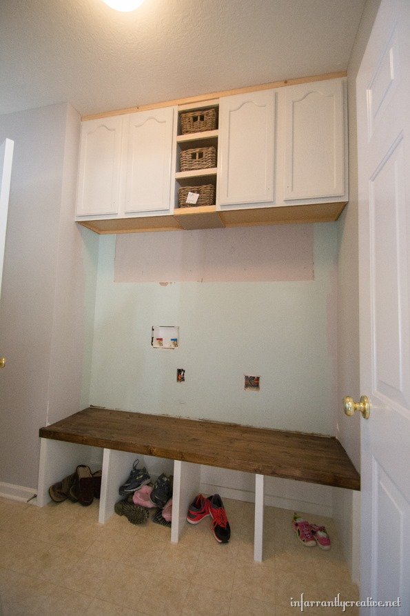 how to build built-in mudroom lockers