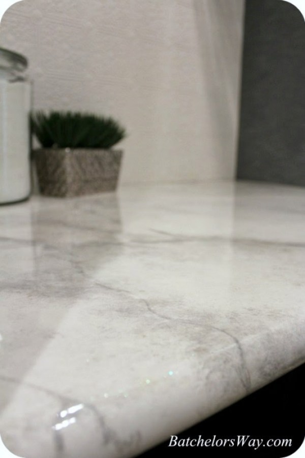 faux-marble-countertop