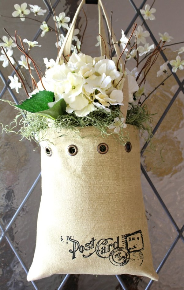 tote-bag-floral-door-decor