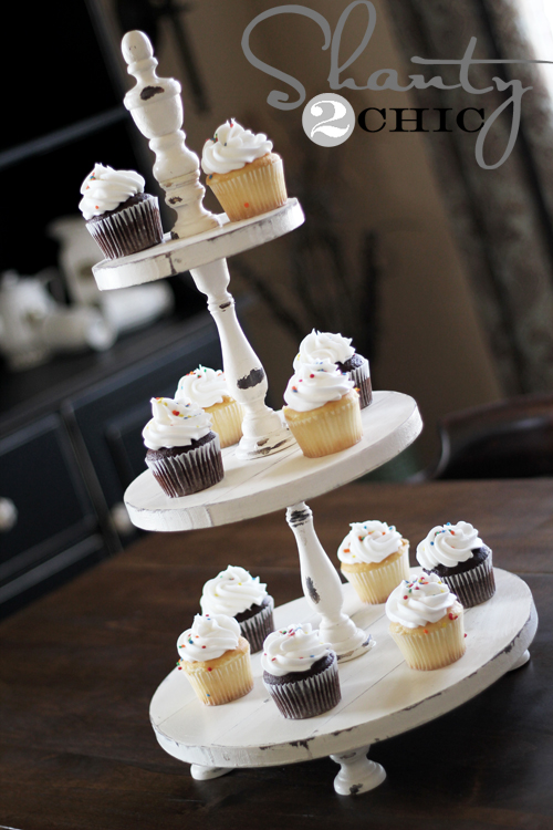 5 ways to make your own tiered cake stand infarrantly for Cupcake stand plans