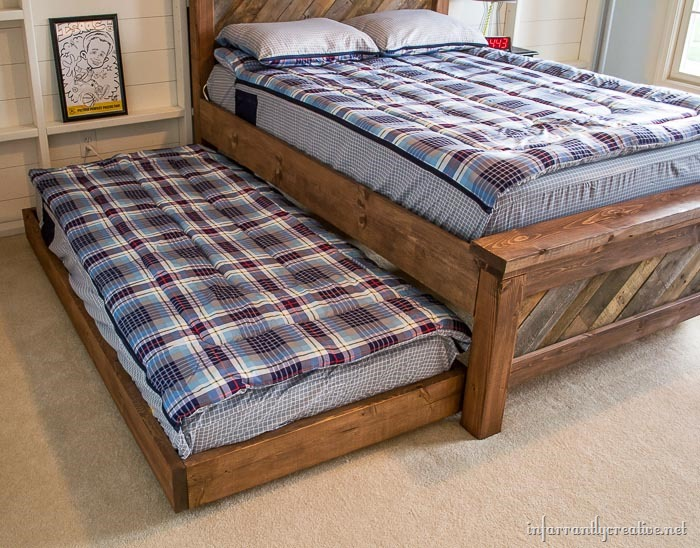 Unique DIY Rolling Trundle Bed Plans