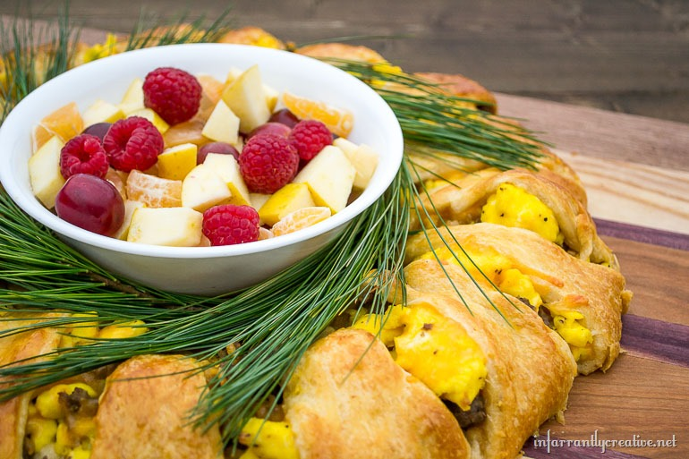 christmas-breakfast-casserole-dish