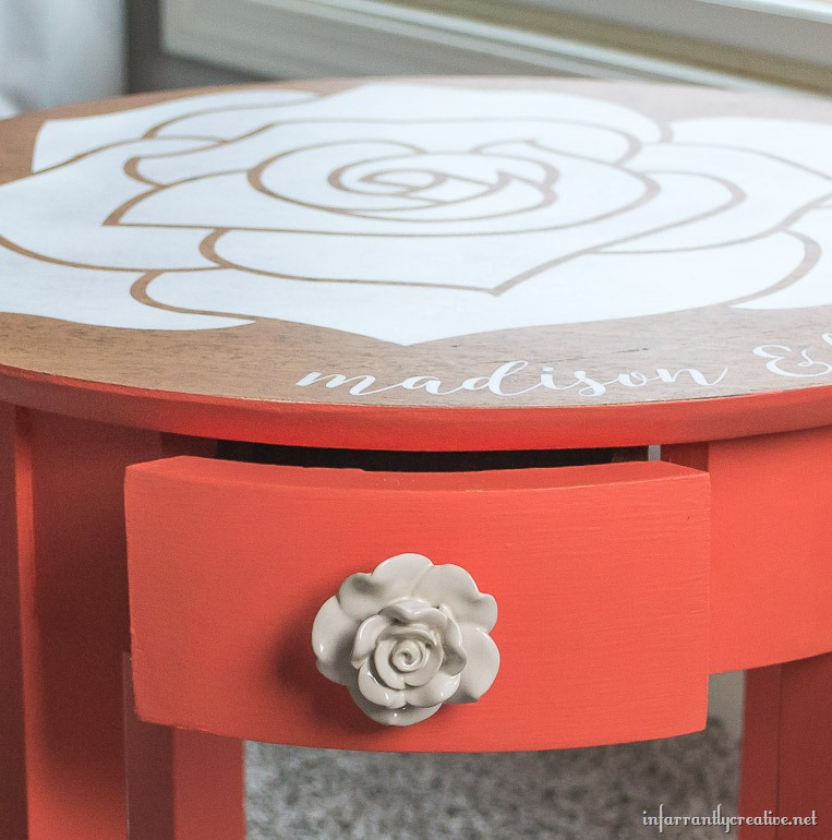 coral rose table