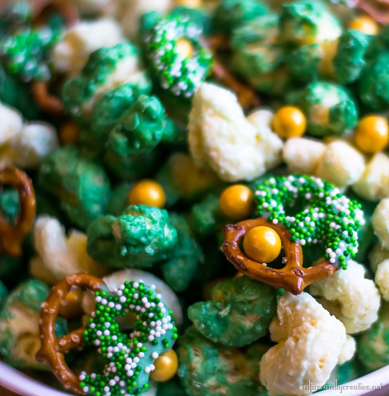 sweet-popcorn-mix-green
