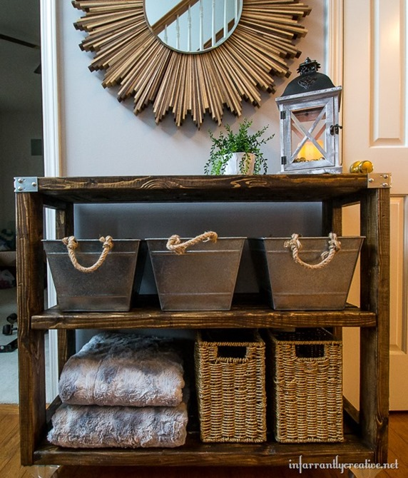 Build an industrial hallway cart for only $18 from 2x4's!