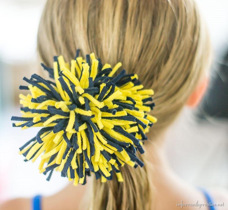 university-of-michigan-hair-accessory
