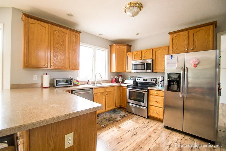 kitchen-before (2)