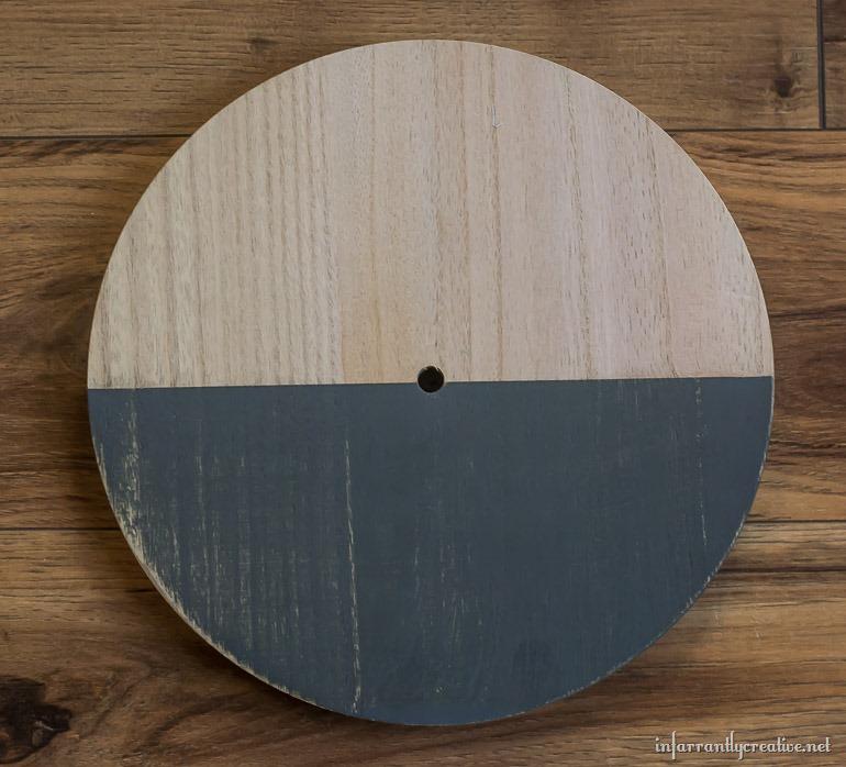 bare-wood-clock