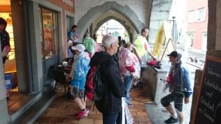 In Lindau Schutz vor dem Regen