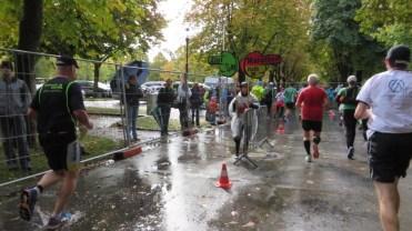 die 10 km Läufer verabschieden sich