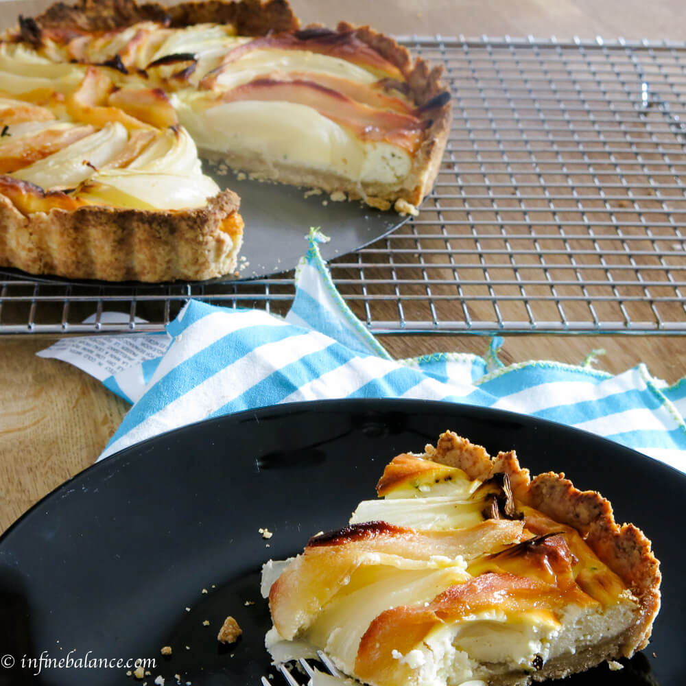 goat cheese and roasted onion tart | www.www.infinebalance.com