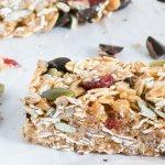 Cranberry and Dark Chocolate Snack Bars   www.infinebalance.com #vegan #kidfood