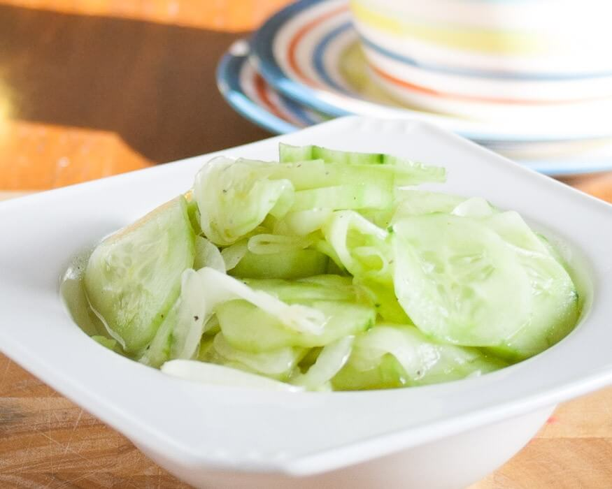 Mom's Cucumber Salad | The infinebalance Food blog #saladdays