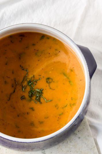 Slow Cooker Creamy Tomato Soup   www.infinebalance.com #recipe