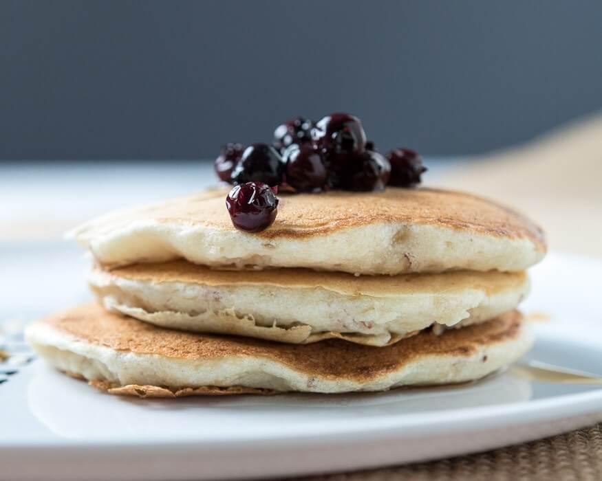 Fluffy Dairy-Free Banana Pancakes