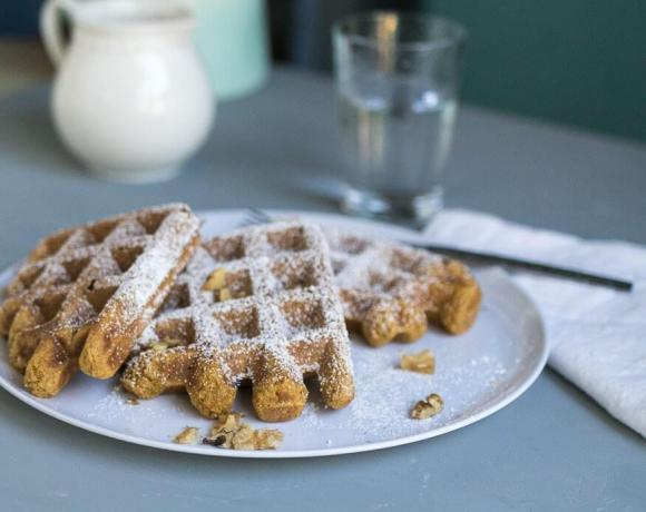 Vegan Pumpkin Pie Waffles | the infinebalance food blog