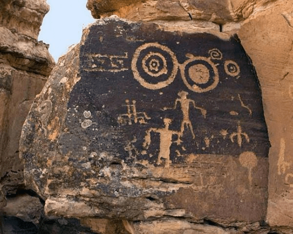 Cave paintings by hopi tribe depicting tha kachinas