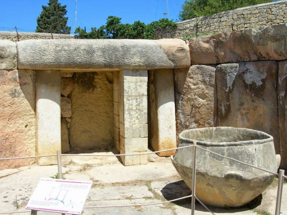Ġgantija Temples: The Enigmatic Island Built By The Giants
