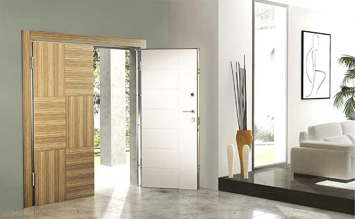 Esempio di una porta blindata a due ante