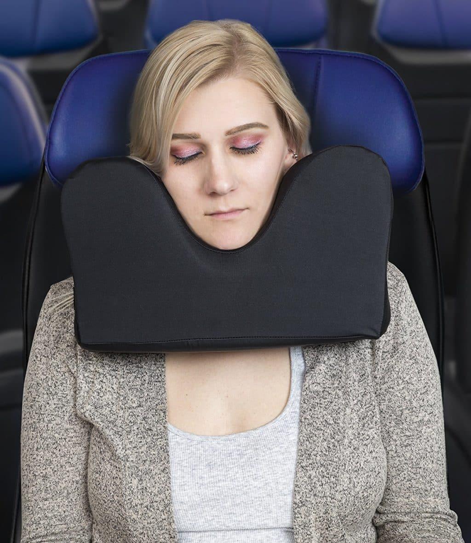knidos travel pillow for restful sleep