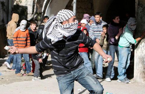 """Résultat de recherche d'images pour """"photos d'arabes palestiniens qui crient et menacent"""""""