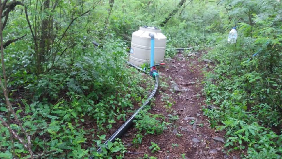 La UNT halló en sus terrenos del parque Sierra de San Javier, caños para llevar agua a un country